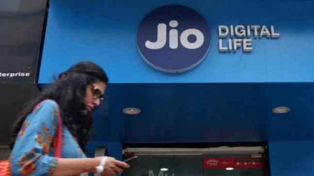 Reliance Jio users can now use their smart TVs to make video calls: Here's how/therealityhunt.live